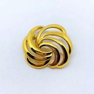 Napier Gold Pin
